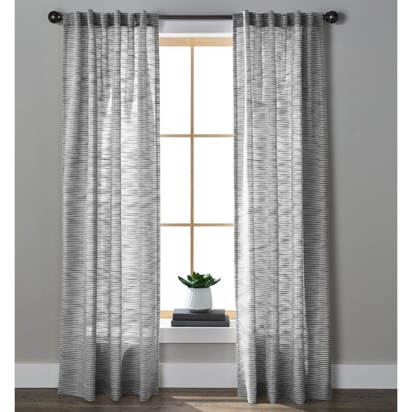 NEW HOMES & GARDENS Textured Stripe Rod Boho Grey